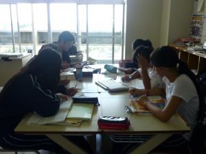 自習時間でしたが、熱心に勉強をしていました。