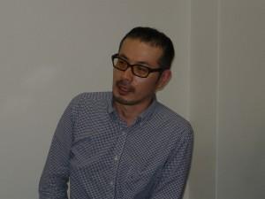 この本の編集に携わったココ出版の吉峰さん