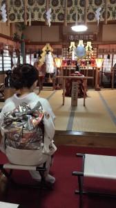 冬美さん(神社で)