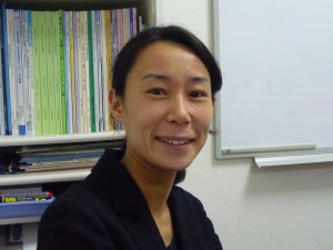講師の野村愛さん