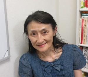 講師の岡本能里子さん