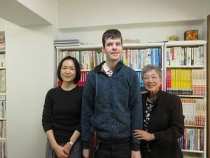 ワーホリで再来日した二アールさん、北川さんと一緒にアクラスに