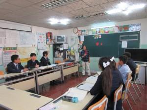 モンゲニ統合学校6年生の教室風景です。